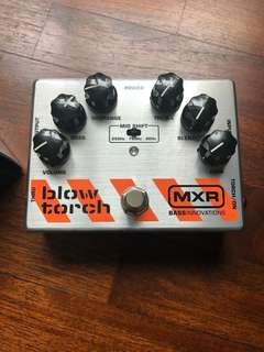MXR blowtorch bass fuzz