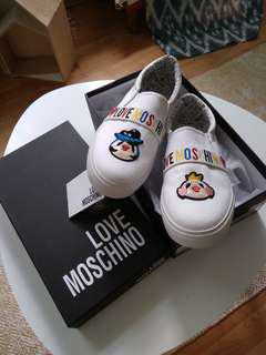 Moschino Slip on shoes