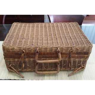 Vintage wicker/rattan bag