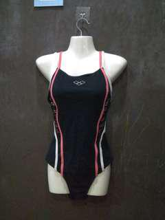 """Combo of arena and speedo swimsuit backless size uk34"""""""