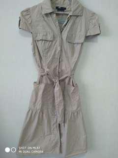 BCBGmaxzeria cut label button down dress
