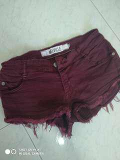 Brandy Melville shorts in plum red