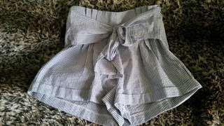 Valleygirl shorts size 12