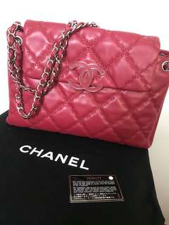 Pre-loved Chanel Red