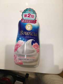 Bouncia 沐牛乳沐浴乳