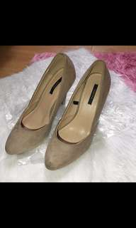Forever 21 beige shoes
