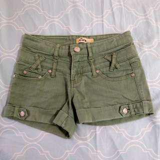 牛仔草綠色短褲