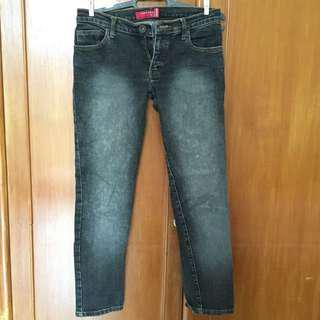 Women dark grey jeans, celana jeans logo