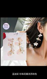 Flower elegant fancy earrings /prom earring