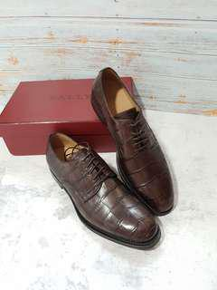 BNIB Bally embossed croc brown leather dress shoes US8