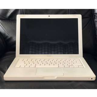 Macbook 2006 for Apple Lovers