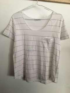 T-Shirt Garis-garis (Defect luntur)