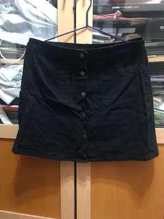 黑色牛仔直排鈕扣短裙 A字裙