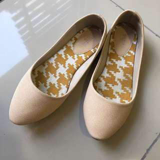 Nichii flat shoes size 36