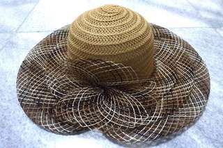 Brown Big Hat Topi