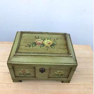 印花綠銅色鄉村風收納箱 收納櫃 寶藏箱 收納盒 實木 置物櫃 掀蓋 展示櫃 書架 櫥櫃 書櫃A1272