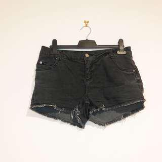 (XS) Supré Black Denim Shorts Mid Rise