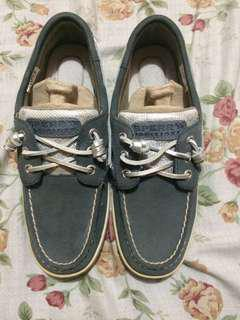 Sperry Boat Shoes size 6