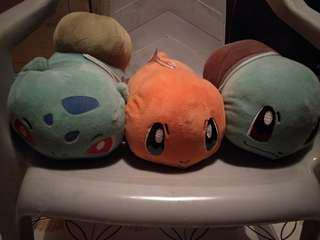 Pokemon plush set