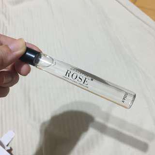 Apieu 香水 rose