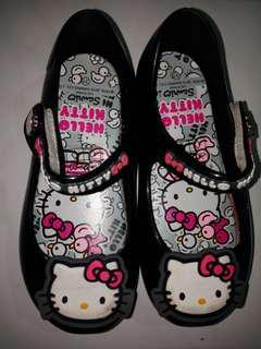 Sepatu anak perempuan SANRIO