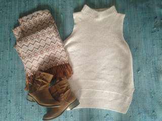 Ladies white closet winter knitwear size 8 brand new