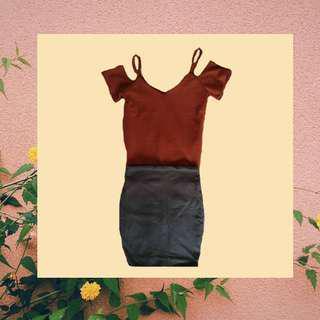 Off-Shoulder Sleeves with slim Skirt (SET)