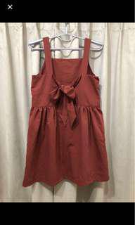 🚚 磚紅綁帶洋裝