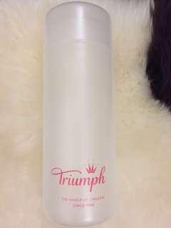 Triumph 膠盒