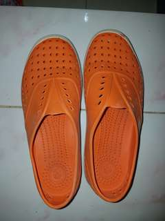 AUTHENTIC NATIVE FOOTWEAR