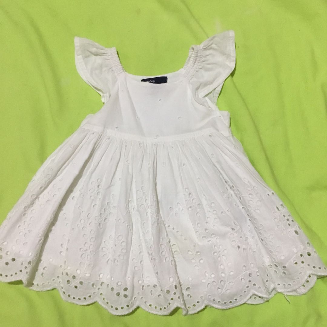 a5a235857013 Baby Gap Eyelet Dress for 3-6M Top for 6-12M