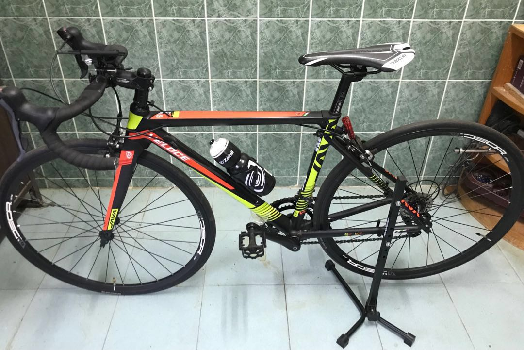b48f9a2e387 Bicycle Basikal Roadbike JAVA VELOCE, Sports, Bicycles on Carousell