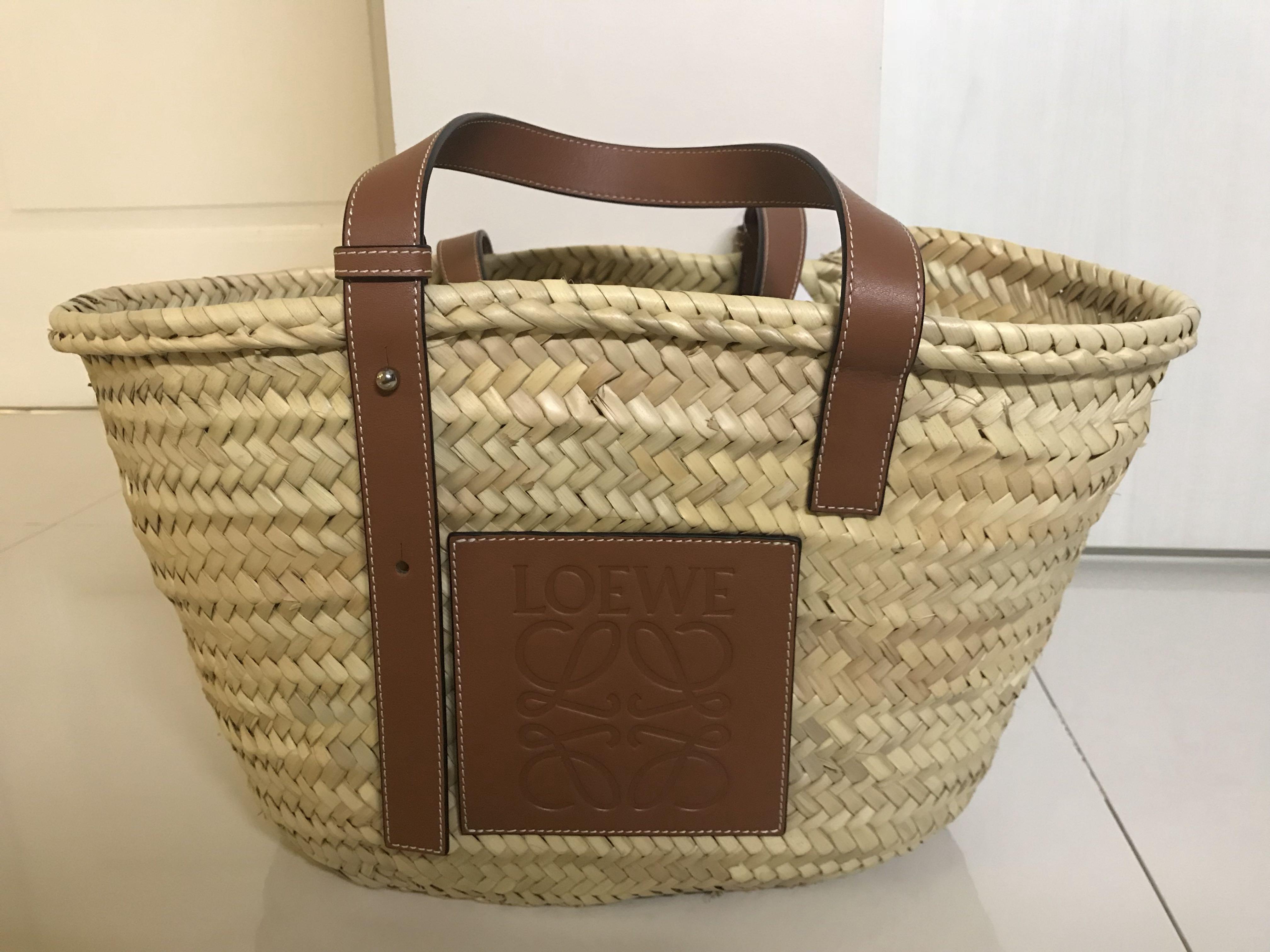 b10bb02279e BNIB Loewe raffia basket bag tote! Sold out everywhere, Women's Fashion,  Bags & Wallets, Handbags on Carousell