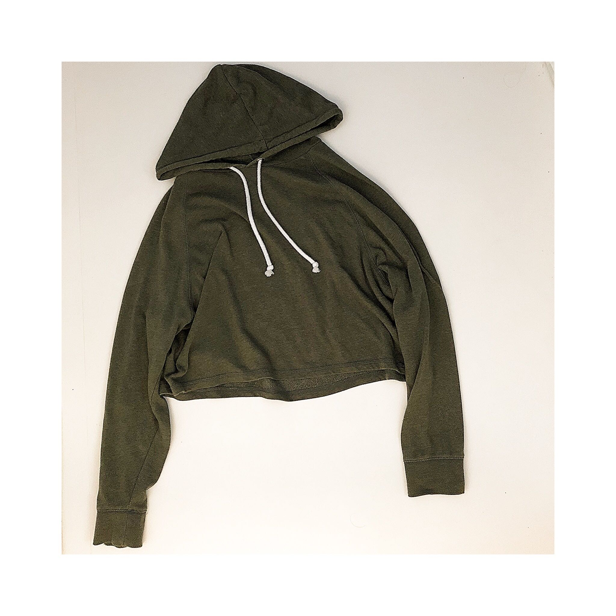 2c2f5d85718 H&M ARMY GREEN CROPPED HOODED TOP, Women's Fashion, Clothes ...