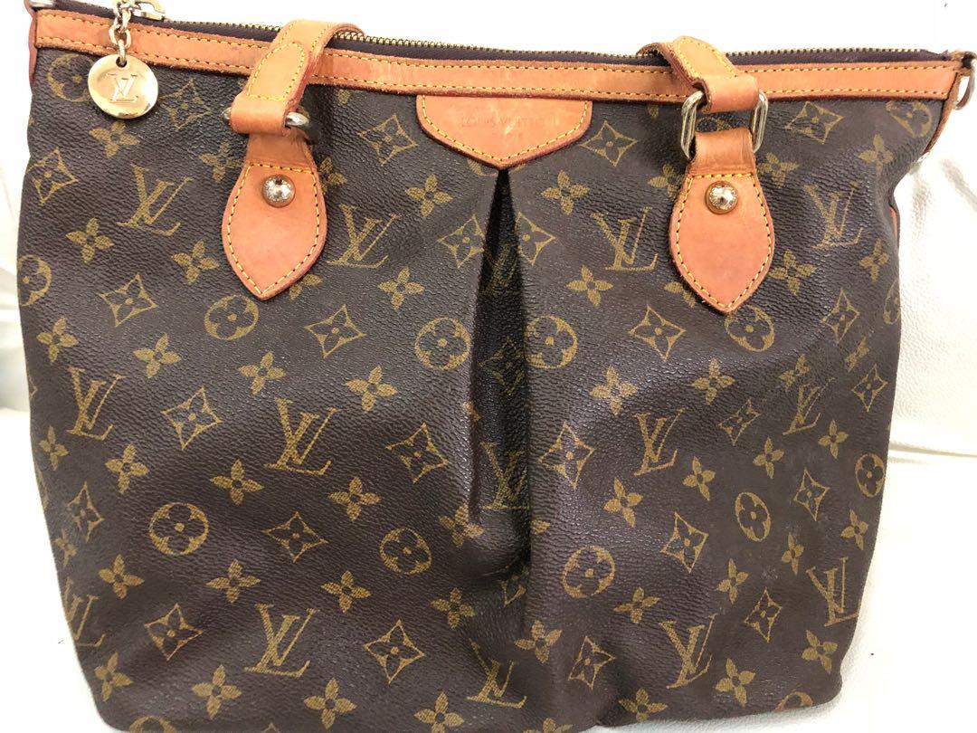 395ded0fee28 Louis Vuitton Palermo
