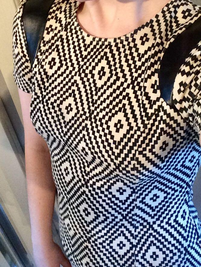 Pattern Shift Dress with Leather-Look Shoulders