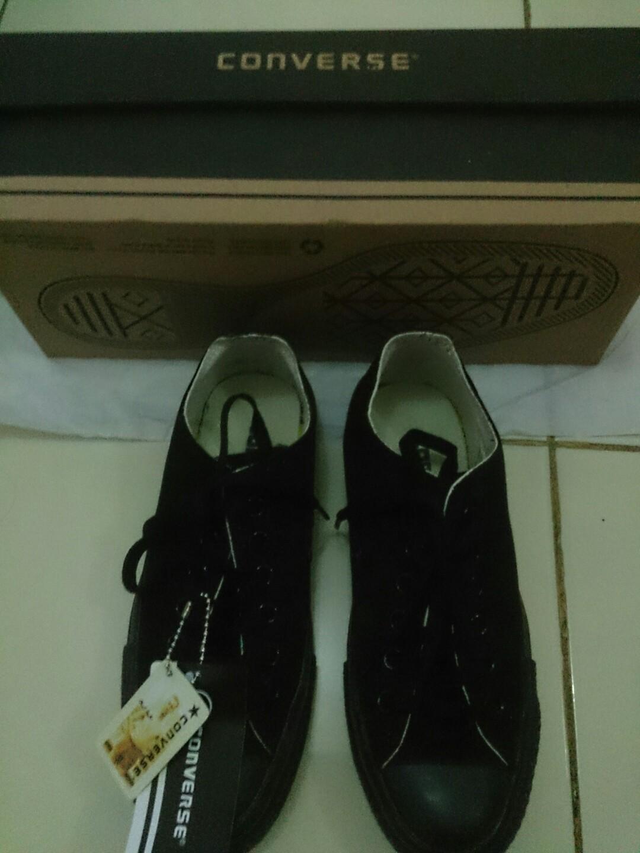 Sepatu Converse grade Ori Hitam full size 37 bcaa4c0e19