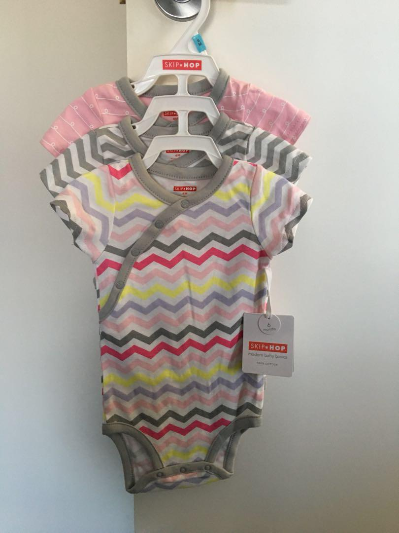 Skip Hop - Pink Starry Chevron Short Sleeve Bodysuit Sets