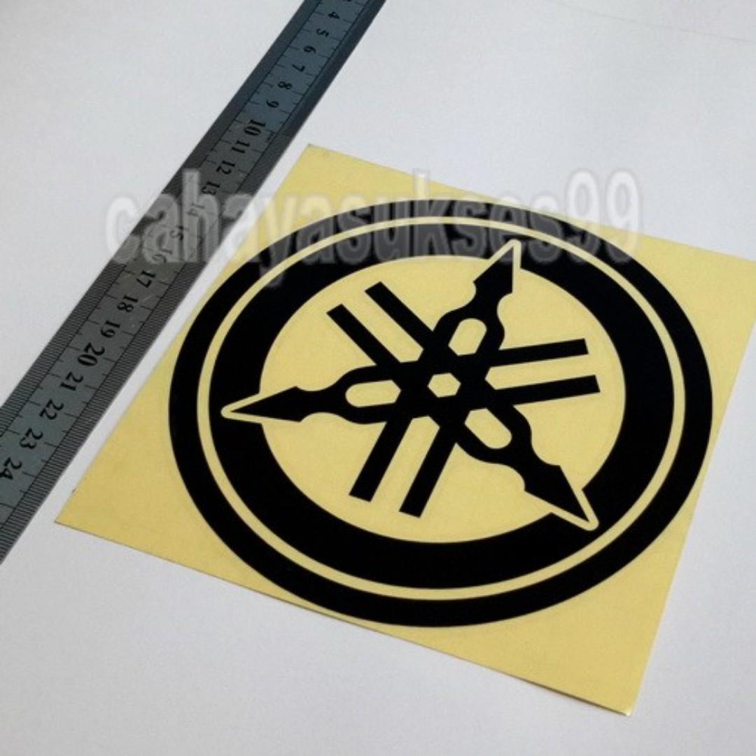 Sticker Cutting Motor Logo YAMAHA Hitam Black Bulat Diameter 15cm Big Size Stiker Body Motor Striping Reflective New Ready Stock Terlaris