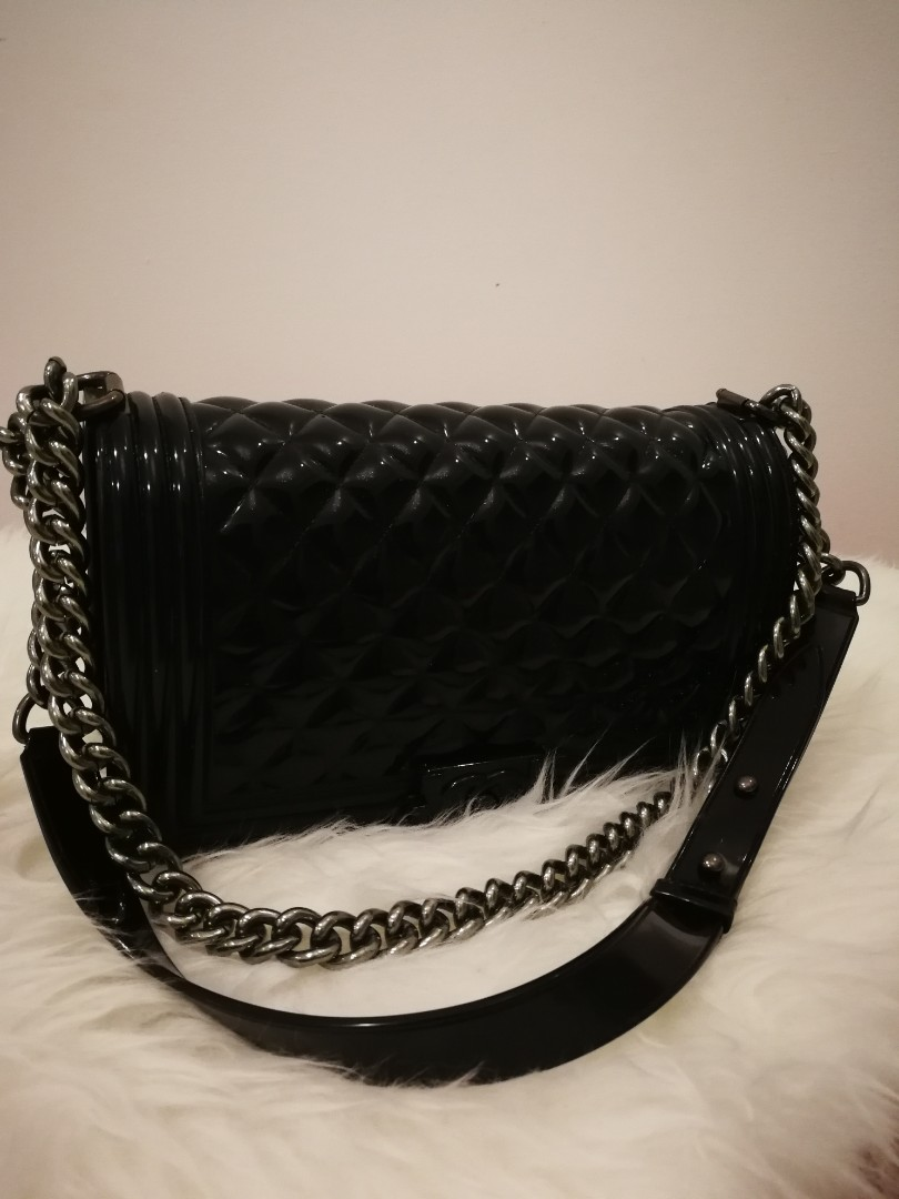 d5ee8bdc9134 Toyboy Chanel Jelly Bag