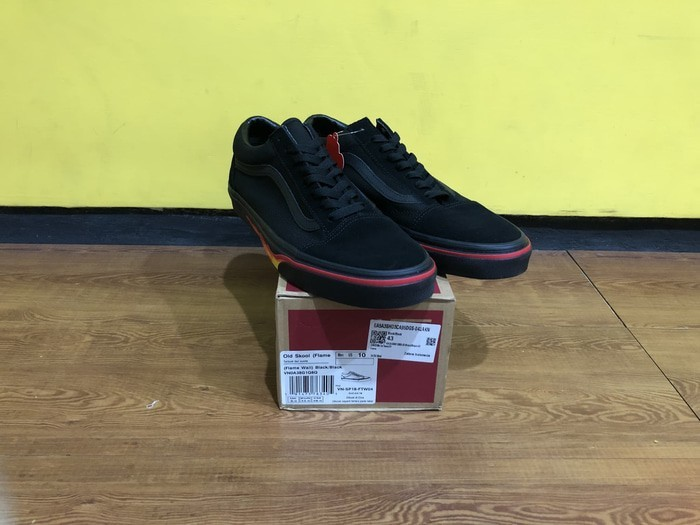 VANS Old Skool Flame Wall Black (BNIB) 2939dacbea
