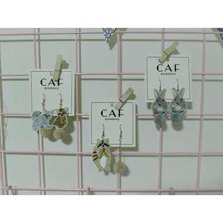 CAF【可愛小動物】韓國可愛 小動物 垂釣式耳釘 不對稱 毛絨耳飾 毛球耳環