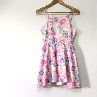 🚚 $6 Daisies Floral Pink and Blue Halter Neck Dress