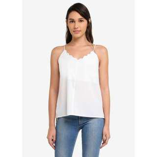 🚚 RTP $24.90 Zalora Scallop Cami Top in White