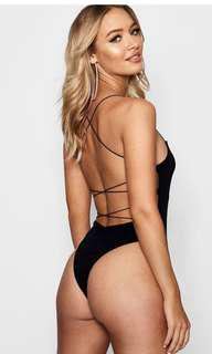 BOOHOO - Strappy Back Bodysuit (US 6)