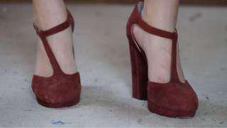 Wittner maroon chunky heels