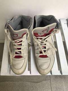 Sepatu ( size besar)
