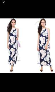 MDS FLORAL MAXI DRESS IN SIZE L
