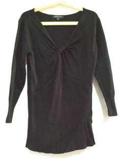 Baju atasan wanita warna hitam Simplicity