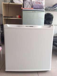 台灣三洋Sanlux冰箱